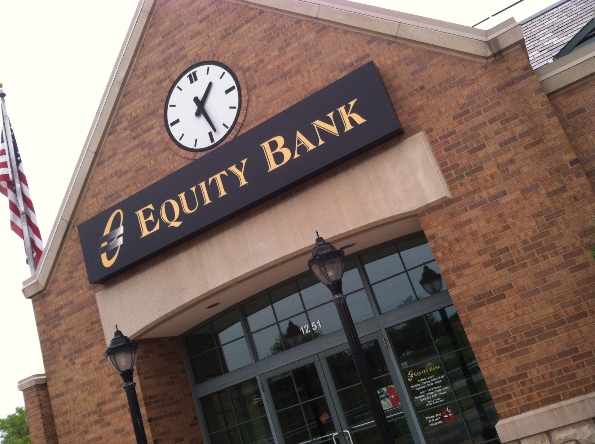 Equity Bank Lee's Summit West branch exterior.